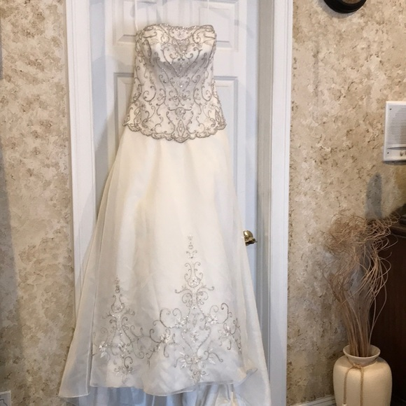 Allure Bridals Dresses | Beaded Bodice Wedding Gown | Poshmark